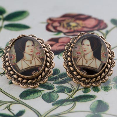 anne-boleyn-bronze-earrings1