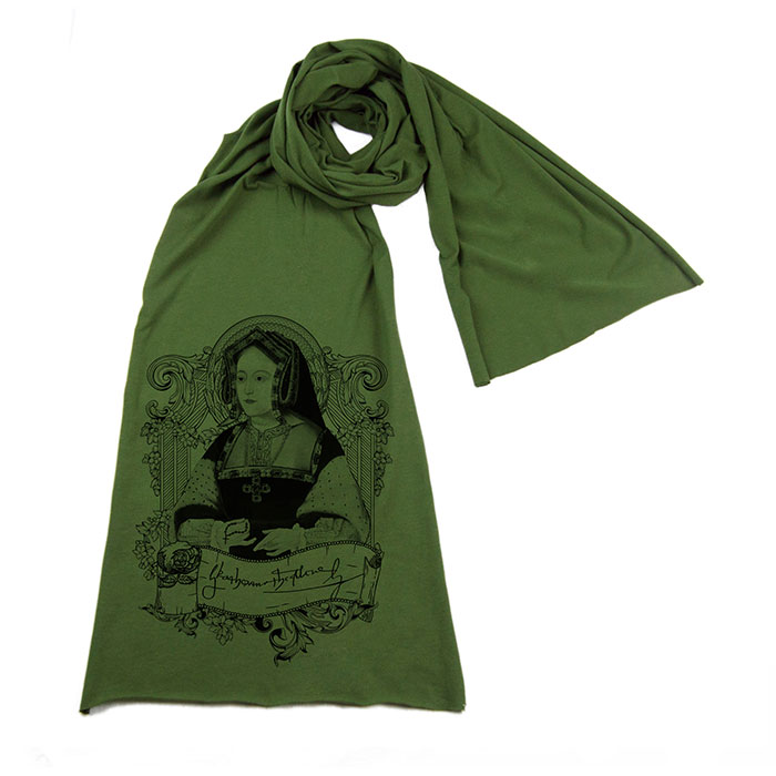 catherine-aragon-green-scarf-xlg