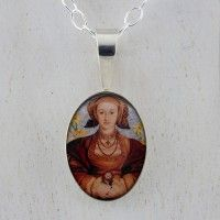 Anne of Cleves Minusculo Pendant