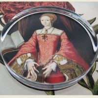 Princess Elizabeth Paperweight