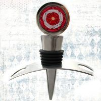 Tudor rose wine stopper