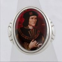 Richard lll Cameo Style Ring