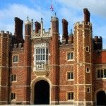 Hampton Court Palace – A Tudor Gem