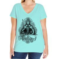 Elizabeth I Curvy Fit V-neck T-shirt