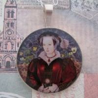 Catherine Parr Pendant with 16″ Silver Chain