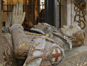 The effigies of Sir Francis Knollys and his wife Catherine at St Nicholas Church,  Rotherfield Greys. Courtesy of Eric Hardy